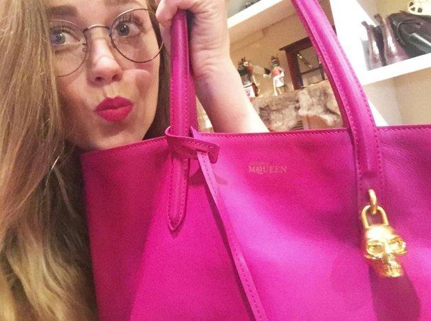 Ti iskanje po torbici ne gre od rok? TO je trik, ki ti bo olajšal življenje! (TOP nasvet Marie Kondo) (foto: Profimedia)