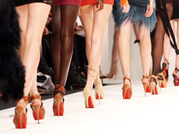 OMG! TO razlog, da so podplati čevljev Christian Louboutin rdeči (foto: Profimedia)