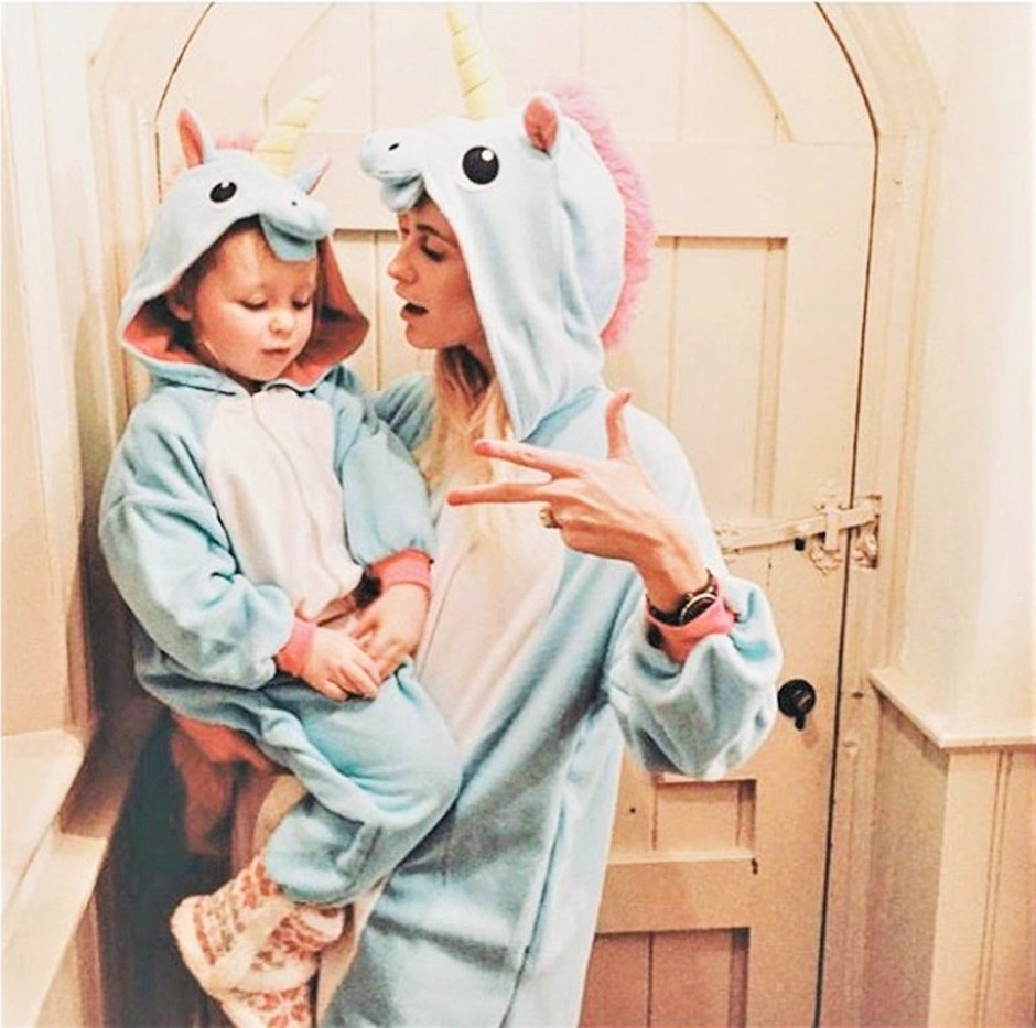 TO o starših razkriva ura otrokovega odhoda v posteljo (foto: Profimedia)