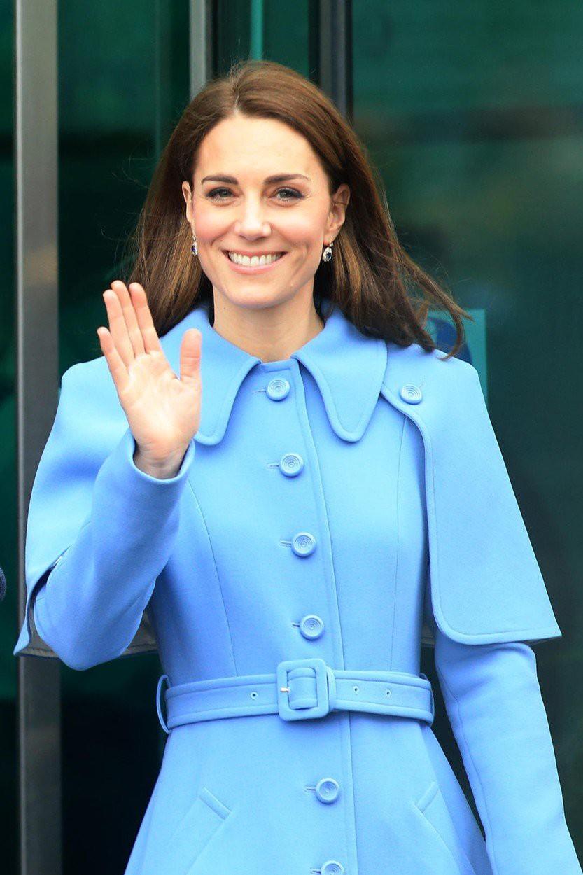Zaradi TEGA preprostega trika, so noge Kate Middleton vedno videti popolne (foto: Profimedia)