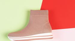 Uau! TO so največji trendi obutve pomladi 2019 (+ 4 modeli čevljev)
