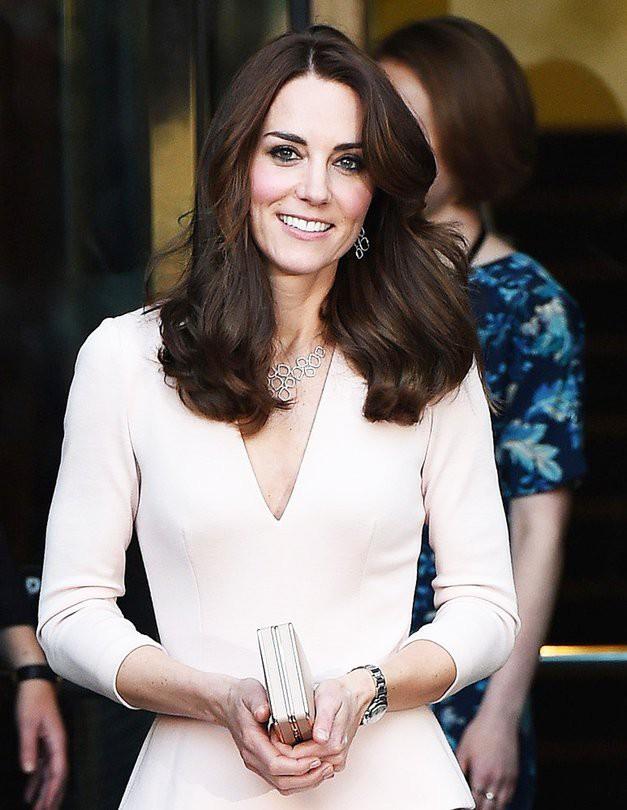 Hej, poglej kakšne čevlje je TO pomlad Kate Middleton nosila ves čas (foto: Profimedia)