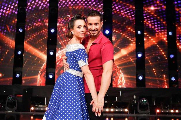 Po ukradenem poljubu Tine Gorenjak je Miha Perat (Zvezde plešejo) s TEM dokončno utišal govorice (foto: POP TV)