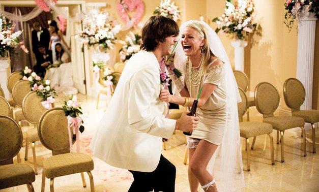 Hahaha! Ljudje na Twitterju delijo svoje poročne spodrsljaje, in mi umiramo od smeha (foto: Profimedia)
