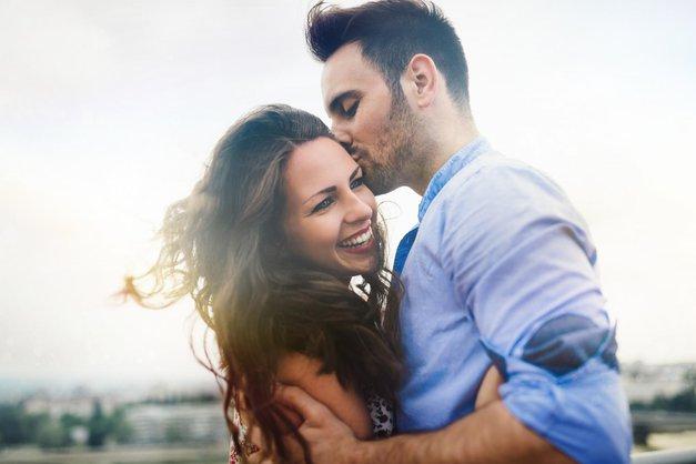 HOROSKOP: Preveri, kaj ga v postelji naredi NAJBOLJ srečnega moškega na planetu (in kaj tebe) (foto: Shutterstock)