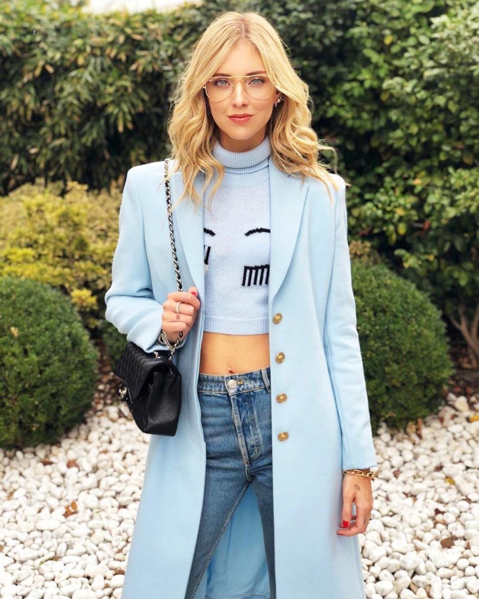 V H&M smo našle dizajnersko obleko, ki jo obožuje Chiara Ferragni (prihranila boš 600€!) (foto: Profimedia)