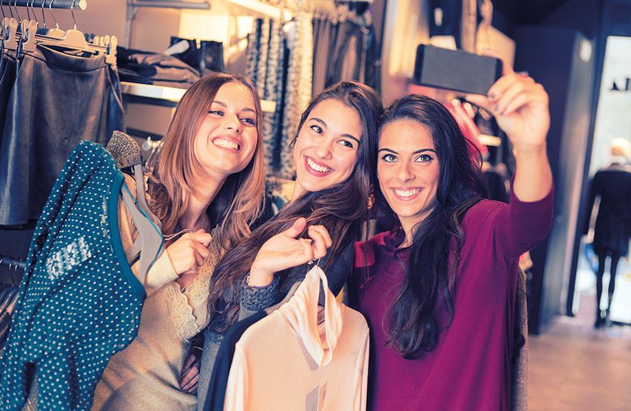 Deli z nami duhovite in izvirne nakupovalne pripetljaje